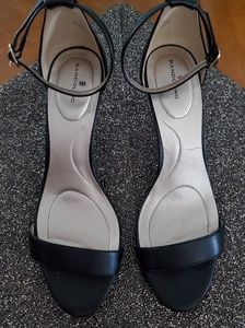 Bandolino Strappy Heel